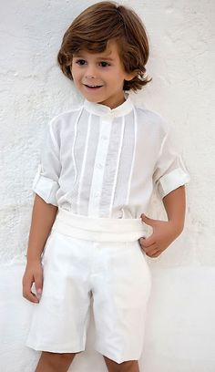 Tienda Moda Mascotas infantil y juvenil Baby Boy Outfits, Kids Outfits, Page Boy, Chic Baby, Communion Dresses, Wedding With Kids, Classic Outfits, Kids Wear, Boy Fashion