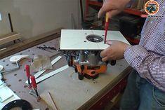 In diesem Projekt zeigt der Tüftler eine Möglichkeit, wie man eine Oberfräse in einen Werktisch integrieren kann und sich so einen eigenen Frästisch baut. Als Basiswird unser beliebtes Werktisch Projekt verwendet. Ihr seht in dem Video, wie ich quasi aus unserem Werktisch Projekt auch einen Frästisch mache. Dazu wird eine Platte mit einer Oberfräse in […]