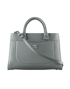 b899bfb56f95 37 Best Chanel bags images