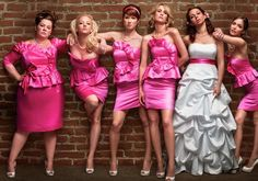 I WILL be taking a photo like this with my bridesmaids, you can bet your life on it.