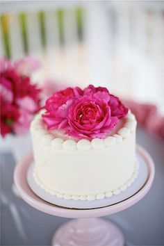 Garden Rose Cake-Mike Larson Photography-Style Me Pretty-Camille Styles Events