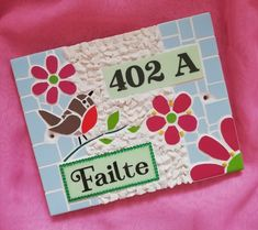 Handmade. 20×25cm Wooden Keepsake Box, Keepsake Boxes, Art Craft Store, Craft Stores, Mosaic Flowers, Mosaic Crafts, House Numbers, Wedding Gifts, Arts And Crafts