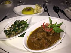 Rendang at restaurant Breeze at samaya