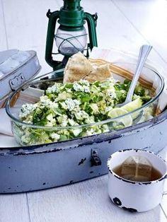 Gurken-Couscous-Salat mit Minz-Frischkäse