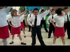 """We Will Rock You"" ft. Ryan Benn - YouTube Kindergarten Graduation Songs, Kindergarten Class, Dance Movement, Music And Movement, Beautiful Day Song, Music Express, Show Dance, We Will Rock You, Rock Lee"