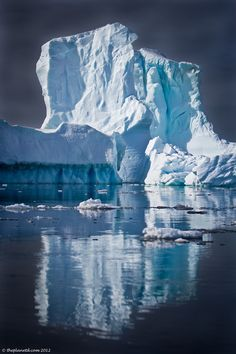 Antarctica, an iceberg reflection - photo by The Planet D