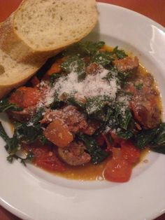 Kale with Spicy Italian Sausage : A Bushel of What? Sausages In The Oven, Russian Dishes, How To Cook Zucchini, Quick Easy Dinner, Soup And Sandwich, Stuffed Whole Chicken, Food Dishes, Main Dishes, Soul Food