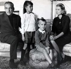 Grace & Family:  Princess Grace of Monaco with her family: Prince Rainier, Princess Caroline and Prince Albert. Ireland, August 1963.