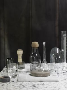 The CORKY carafe's oversized detail plays with the conventional bottle shape. Its simple yet characteristic design makes it ideal as a water jug or wine carafe and its large opening makes it easy to keep clean. http://www.muuto.com/accessories/corky-carafe-1225