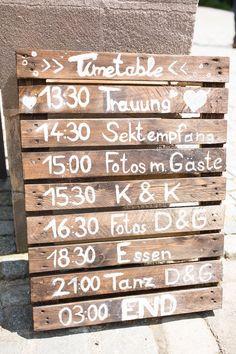 Free wedding on the Scherauer Hof - teilen mit Lissi - . holz Free wedding on the Scherauer Hof - teilen mit Lissi - . Free Wedding, Wedding Blog, Diy Wedding, Rustic Wedding, Wedding Ideas, Wedding Favors, Wedding Invitations, Wedding Guest Book, Wedding Table