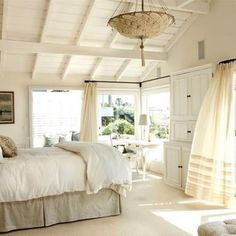beautiful bedroom. Light. Cozy.