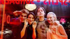 Riverdale 1X01 Online Subtitulado Español
