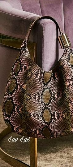 Red And Pink, Blue Green, Pink Animals, Animal Print Fashion, Amazing Outfits, Snake Skin, Autumn Fashion, Fall Winter, White Gold