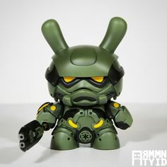 "ArtmyMind's steampunk ""Storm Samurai"" Dunny customs in ""Tactical Squad"""
