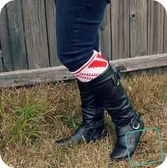Ravelry: Candy Cane Boot Cuffs pattern by Divine Debris Crochet Boot Cuffs, Crochet Boots, Crochet Gloves, Crochet Scarves, Crochet For Kids, Free Crochet, Beginner Crochet, Knit Crochet, Christmas Crochet Patterns