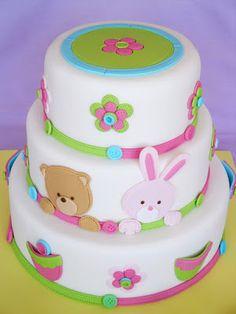 Torta infantil con ositos, conejos y flores para los primeros festejos del bebé   Ideas Deco - Tortas