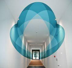 Un mural 3D que se transforma según caminamos a través de él