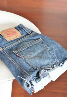 Sabrina is loving her new vintage cut offs over at http://www.aupaysdecandy.fr  Get yours now at http://www.bragvintage.co.uk  #bragvintage #cutoffs #denimshorts #levis