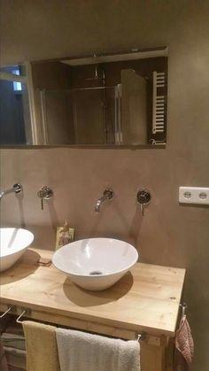 Badkamer van beton cire