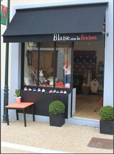 Shopfront, vitrine, Blaise aime les Fraises. I Concept Store for kids, Bièvres, Ile-De-France, France