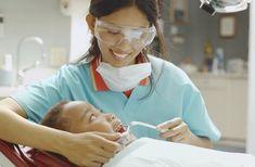 Distinct Tooth Extraction Healing Hausmittel Source by merce Dental Hygienist Jobs, Dental Jobs, Dental Humor, Dental Assistant, Dental Care, Dental Surgery, Dental Implants, Oral Health, Dental Health