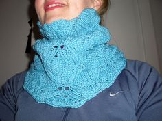 Japanese Butterfly Neckwarmer pattern by Vera Sanon - Knit on the round can be worn on both sides-free pattern