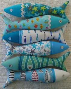 Handmade traditional Portuguese sardines in fun, contemporary fabrics - Isabelle Benne Fabric Toys, Fabric Scraps, Fish Crafts, Crafts To Make, Sewing Crafts, Sewing Projects, Art Projects, Fabric Fish, Contemporary Fabric