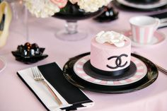 Concept & styling // As Sweet as it Gets Events Photography: MCS Photos Stationery: Tableau Cakes: Harmony Cakes Cookies: Cookievonster ...