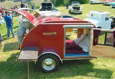 25 cool vintage / retro micro-caravans to compliment your VW Camper Van Camper Caravan, Camper Trailers, Camper Van, Custom Campers, Retro Campers, Vintage Campers, Mini Camper, Vintage Caravans, Vintage Trailers