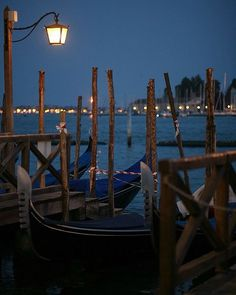 Night is beautiful, calm and romantic in #serenissima. . . . . . #beautifuldestinations  #passionpassport #wandering #exploring #iamatraveler  #huffpostgram #mytinyatlas #prettycities #urbanromatix  #beautifulmatters #lovetheworld #lonelyplanet #living_europe #italy #italia #veneziaunica #venetissimo #venice #venezia