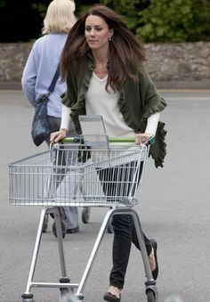 FREE JULY 2ND!                                        Super Easy! Super Cute!                              Copycat Kate Middleton Grocery Shopping Shawl!