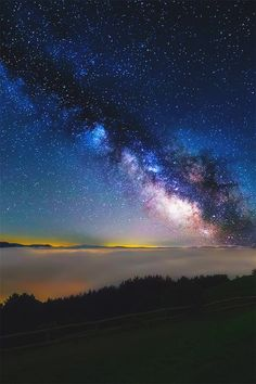 Beautiful evening show of the milky way universe. Cool Pictures, Cool Photos, Beautiful Pictures, Wow Photo, Big Sky, Beautiful Sky, Galaxy Wallpaper, The Real World, Milky Way