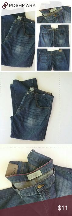 Mens Wrangler Jeans 40 X 30 Is a nice pair of men's Wrangler jeans. They are size 40 by 30. They are in great pre-owned  condition. Wrangler  Jeans Bootcut