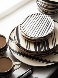 Wythe Striped Platter//