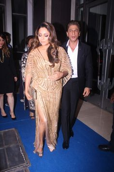 Shah Rukh Khan with his wife Gauri Khan at the Hello Hall of Fame Awards 2018 was a dazzling evening.