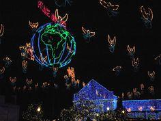 Christmas light show at Hollywood Studios, WDW Christmas Light Show, Christmas Lights, Hollywood Studios, Epcot, Magic Kingdom, Walt Disney World, Animal Kingdom, Orlando, Movie Posters