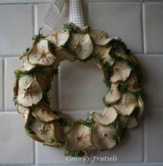 Dried apple wreath