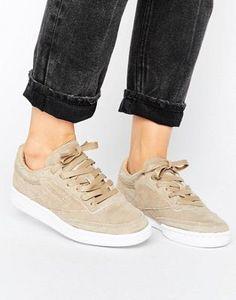 brand new a013c 86ddb Reebok Club C 85 Lst Sneakers In Sand Suede Asos, Modeskor, Pumps, Sandaler