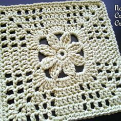 "Nana's ""Summer Trellis Bloom"" Square pattern by... - corin crochets"