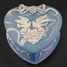 Vintage Incolay Studios Stone Heart Jewelry Box Cameo Doves Roses Blue White