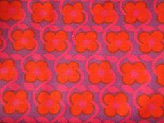 1960s Conran fabric called Firecracker / Daisy Spray, one of a range of fabrics designed by Juliet Glynn Smith.
