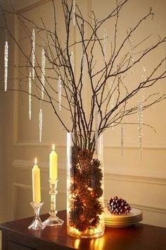 Новогодний декор с помощью ваз