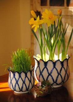 beautiful blue and white lattice ceramic planters