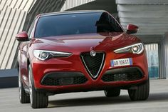 La llegada del Alfa Romeo Stelvio supone un soplo de aire fresco en el diseño de los SUV, generalmen... - www.sportyou.es