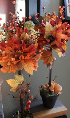 DIY Fall Topiaries…A Michael's Knock Off Decorchick! Changing her world, one project at a time Thanksgiving Decorations, Halloween Decorations, Holiday Decor, Fall Decorations, Christmas Decor, Fall Topiaries, Image Deco, Autumn Decorating, Interior Decorating