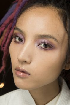 Marc Jacobs Spring 2017 Ready-to-Wear Beauty Photos - Vogue