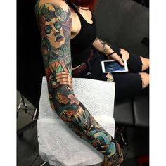 half sleeve tattoos with meaning Easy Half Sleeve Tattoos, Colorful Sleeve Tattoos, Arm Sleeve Tattoos, Neo Tattoo, Wicked Tattoos, Traditional Tattoo Design, Traditional Sleeve, Tattoos Gallery, Future Tattoos