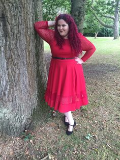 Red Dress of Dreams: Jameela Jamil for Simply Be   I have only one complaint about the Jameela Jamil for Simply Be Midi Dress - that I didn't buy it sooner! Hold onto your hats puddings this is going to be a rave review!   Jameela Jamil Ponte Midi Dress - Simply Be  Woody Ellen Blossom Bag - Lucille's  Red Hair Flowers - Various from Accessorize  Black Leather Belt - Primark (previous season)  Black Suede Wide FitShoes - Primark  Earlier this year whenJameela Jamil launched her collection…