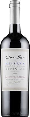 """Cono Sur Reserva Especial Cabernet Sauvignon 2012 """"Mustan sinipunainen viini, jonka voimakkaassa ja avoimessa tuoksussa on herukkaa, tervaa, mausteita, pippuria ja tammea. Täyteläinen, sopivan hapokas ja makeanoloinen maku vastaa tuoksua. Hyvä rakenne, pitkä jälkimaku."""" Alkosta 10,90 € vuoden viini voittaja 2015"""