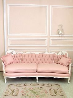 Hmm... romantic pink french style sofa ...  vintage and femenine look